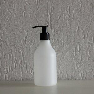 HDPE fles transparant 250 ml + zeeppomp