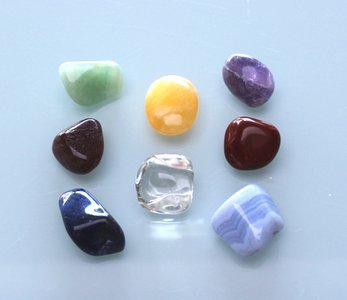 Chakra knuffelstenen - 8 stuks