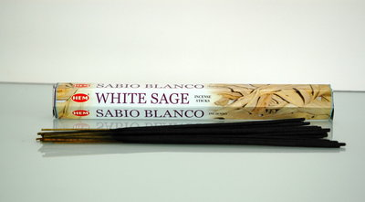 Wierook met witte salie